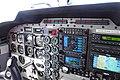 Cockpit Piper Seneca V (6953116490).jpg