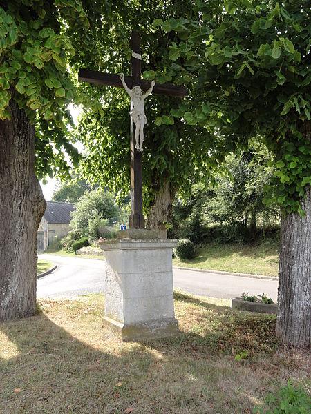 Courtrizy-et-Fussigny (Aisne) croix de chemin