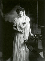 Daisy, Countess of Warwick by H. Walter Barnett.jpg