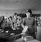 Demobilising Members of the Women's Royal Air Force D25680.jpg