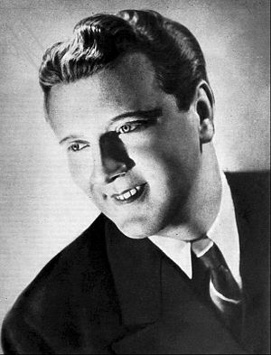Dick Todd (singer) - Dick Todd in 1942