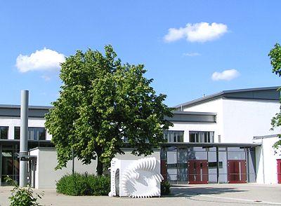Donau Gymnasium Kelheim Niederbayern.JPG