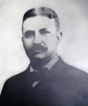 John L. Leal - Image: Dr. John L. Leal