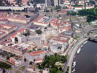 Dresden Luftbild Stadtteil Altstadt Ostansicht 2005.jpg