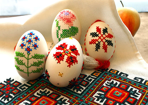 EMBROIDERED EGGS BY I FOROSTYUK