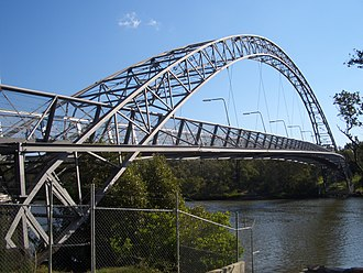 East Hills, New South Wales - Image: East Hills Voyager Point footbridge 1