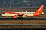 EasyJet, G-EZTX, Airbus A320-214 (28358360409).jpg