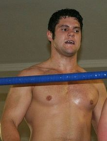 Description de l'image  Eddie Edwards (wrestler) in July 2008 cropped.jpg.