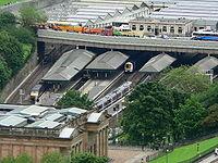 Edinburgh Waverley station viewed from Edinburgh Castle 2005-06-17 02.jpg