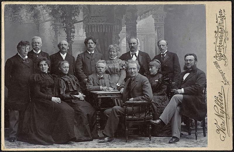Fil:Edvard Griegs Musikkfest i Bergen, 1898 (14045917475).jpg