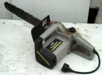 Chainsaw - McCulloch electric chainsaw