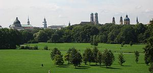 Englischer Garten - Image: Englischer Garten from Monopteros