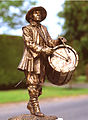 English civil war drummer bronze statue by John McKenna.jpg