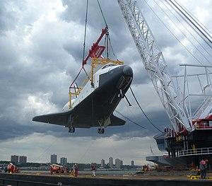 Weeks 533 - Looking north as Weeks 533 lifts the ''Enterprise'' (2012)