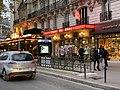 Entrée Station Métro Vavin Paris 1.jpg