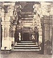 Entrance to the Thousand Pillared Mundapam in the Great Pagoda MET DP132590.jpg