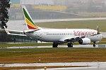 Ethiopian Airlines, ET-AQO, Boeing 737-860 (40106529732).jpg