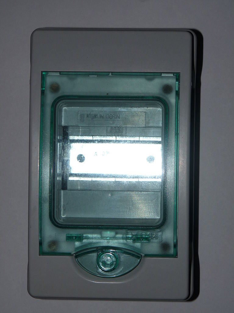 European Fuse Box Explained Wiring Diagrams Homemade File Empty Wikimedia Commons