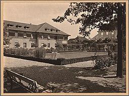 Krankenhaus Westend, Carl Rogge (als Fotograf), CC0, via Wikimedia Commons