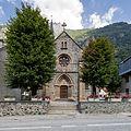 Façade de l'église Saint-Antoine, Livet-et-Gavet, France.jpg