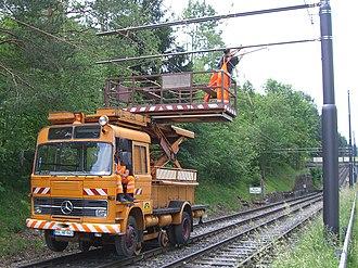 Departmental vehicle - Image: Fahrzeug zur Fahrleitungsmontage 1