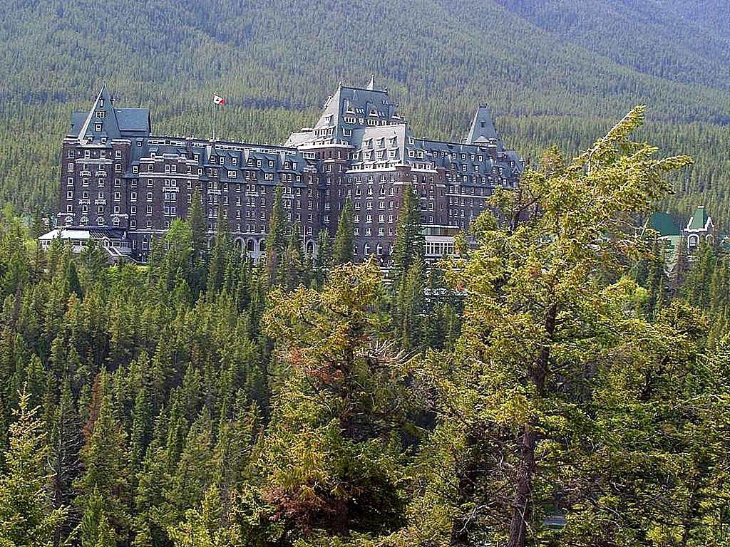 Fairmont Hotel Canada