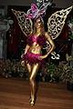 Fairy Bodypainting Gold (8578851807).jpg