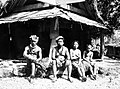 Fais, famille du chef, 1, 1945.jpg