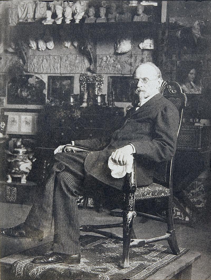 Federico de Madrazo en su estudio.jpg