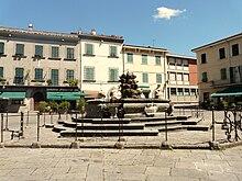 La Fontana di Cosimo III de' Medici in Piazza Medicea