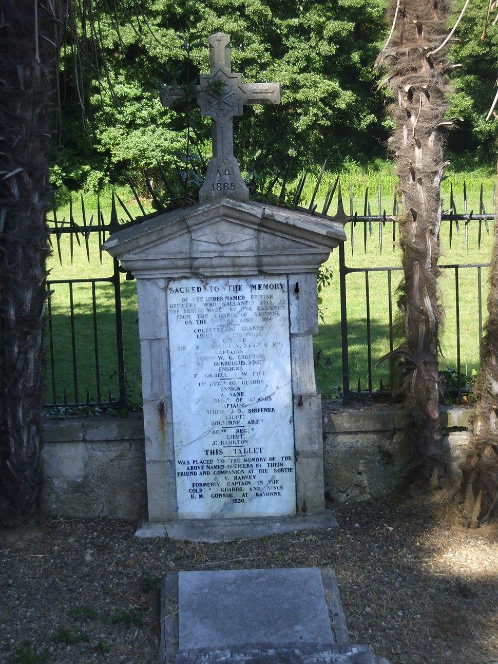France, Bayonne, cimetière des gardes anglais, plaque visite king Edward, bataille 1814 12