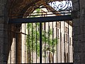 France-Abbaye de Fontfroide-Grille.jpg