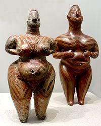 Frauenstatuetten Hacilar.jpg
