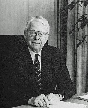 Fred Kilgour - Image: Frederick G. Kilgour (1914 2004) (6224318611)