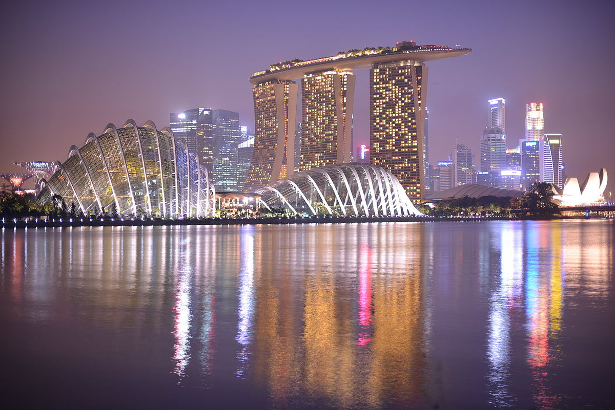 1200px Gardens by the Bay and Marina Bay Sands%2C Singapore%2C at dusk   20120930 - Distance From Marina Bay Sands To Gardens By The Bay