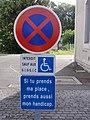 Gare de Montbazon panneau place handicapé.JPG
