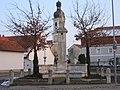 Geisling, Kriegerdenkmal - panoramio.jpg