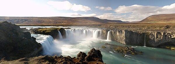 Vista panorámica de Goðafoss.