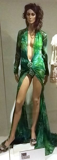 Green Versace dress of Jennifer Lopez 3.jpg