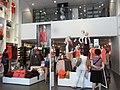 HK TST Canton Road H&M clothing shop interior Aug-2012.JPG