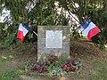 Hainvillers - Plaque commémorative.jpg