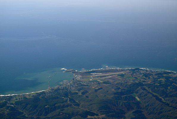 Half Moon Bay Airport