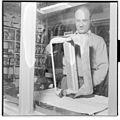 Harald Henschien trekkspillfabrikasjon - L0030 476Fo30141606100183.jpg