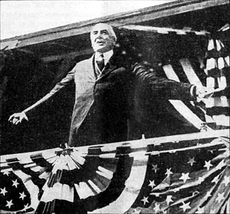Alabama Centennial half dollar - President Warren G. Harding addresses a segregated crowd in Birmingham, October 26, 1921, the first day of the coin's distribution