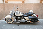 Harley-Davidson Road King - Lateral view.jpg