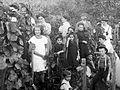 Harvest, grape, men, women, kids Fortepan 11844.jpg