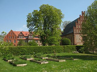 Heiligengrabe - Herb garden, Convent building and Blood Chapel