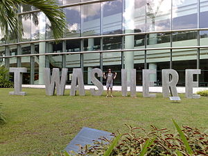 I Was Here (2004) by Francis Ng, University Cultural Centre, National University of Singapore - 20080118