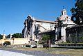 Iglesia y portico lateral.jpg