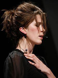 Imogen Heap Pop Tech (cropped).jpg
